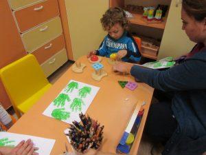 Фондация Радост за нашите деца, младежи с дефицити, терапия на деца , деца със СОП